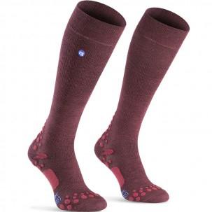 chaussettes vie quotidienne compressport care socks couleur bordeaux produits pour la qualit. Black Bedroom Furniture Sets. Home Design Ideas